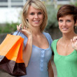 Young woman with shopping bags — Foto de Stock