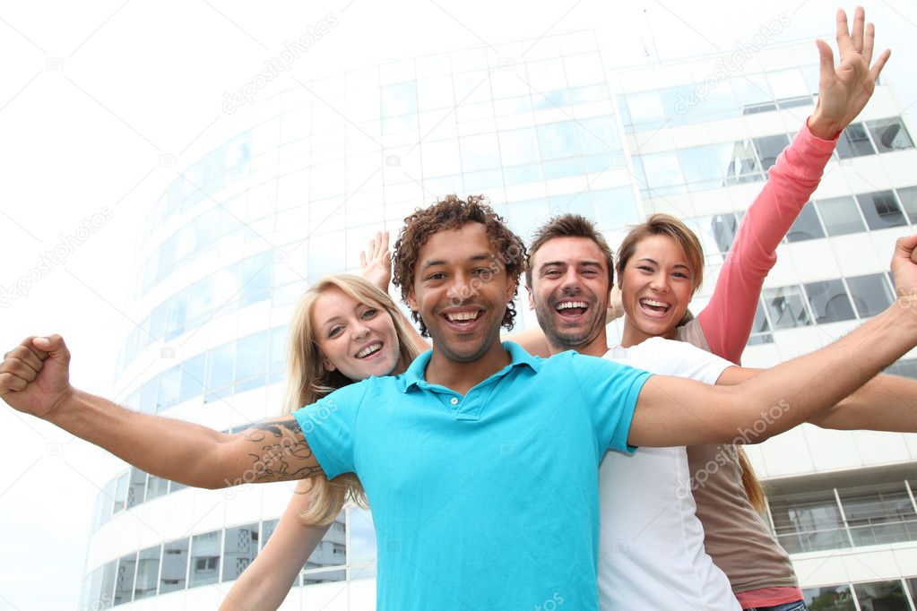 Group of friends at college campus — Stock Photo #6701280