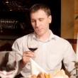 A man at the restaurant — Stock Photo