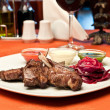 Grilled lamb ribs with beet-root carpaccio — Stock Photo