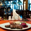 Grilled lamb ribs with beet-root carpaccio — стоковое фото #5741871