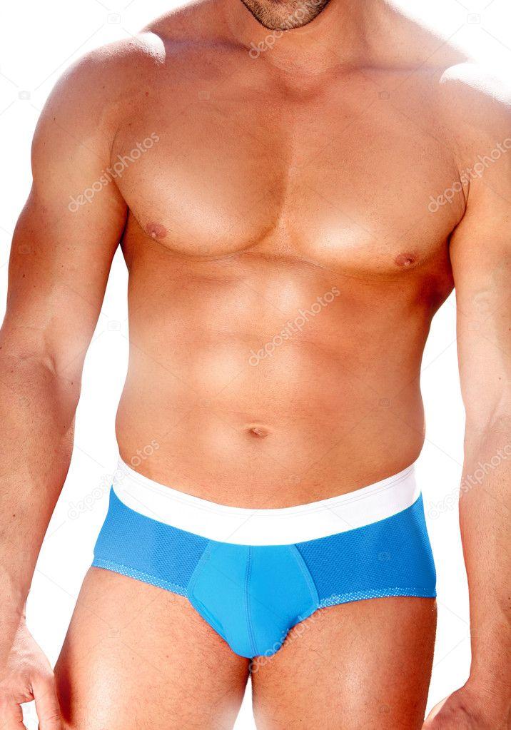 蓝色泳装的肌肉的男人