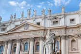 Statue of Apostle in Vatican — Stock Photo