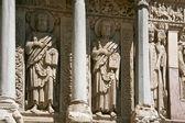 Românica esculturas dos apóstolos — Fotografia Stock