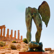 Temple of Juno and bronze statue in Valley of the Temples in Agrigento, Sic — Stok fotoğraf