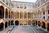 パレルモの王宮の中庭 — ストック写真