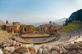 Antique amphitheater Teatro Greco, Taormina — Stock Photo