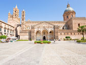 Cathedral of Palermo -ancient architectural complex in Palermo, Sicily — Stock Photo