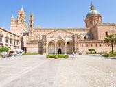 Katedra w palermo-starożytnych kompleks architektoniczny w palermo, sycylia — Zdjęcie stockowe