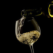 White wine ona a black background — Stock Photo