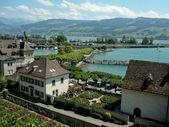 Lago zurich en rapperswill, suiza — Foto de Stock