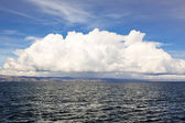 Cloud over Titicaca lake — 图库照片