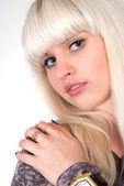 Bella ragazza su un bianco — Foto Stock