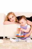 Mama z córką, mały — Zdjęcie stockowe