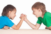 二人の少年を再生 — ストック写真