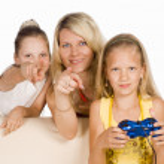 Kids play game — Stock Photo #6437169