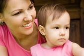 мама и дочь — Стоковое фото
