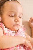 Linda chica durmiendo — Foto de Stock