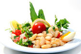 Delicious fresh salad with beans and tomatoes — Stock Photo