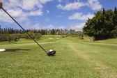 гольфист teeing от на мауи — Стоковое фото