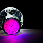 Globe and clock — Stock Photo