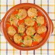 Fresh meatballs with peas — Stock Photo #5882192