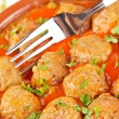 Fresh meatballs with peas — Stock Photo
