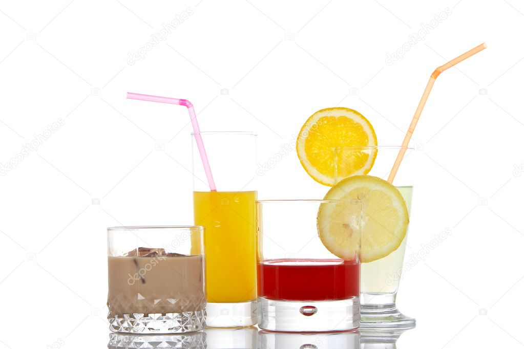 A set of glasses with beverages, reflected on white background — Stock Photo #6339977