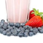 Strawberry milkshake with blueberries — Stock Photo #6343724