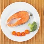 Fresh salmon steak — Stock Photo #6346762