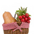 Basket of fresh vegetables — Stock Photo #6348537