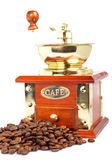 Amoladora vintage y granos de café — Foto de Stock