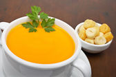 Carrots puree and bread croutons — Stok fotoğraf