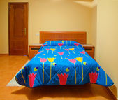 Lege bed — Stockfoto