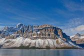 Crowfoot Mountain and Bow Lake, Canada — Stock Photo
