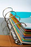 Binder närbild med staplade-filer — Stockfoto