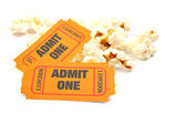 Popcorn and two tickets — 图库照片