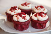 Red velvet cupcakes — Stock Photo