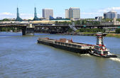 Push boat & a barge, Portland OR. — Stock Photo