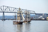 Galleon sailing the Columbia river near Longview WA. — Stock Photo