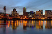 Portland Oregon skyline at dusk. — Stock Photo