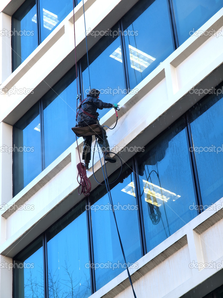 Pressure washing a building in downtown Portland Oregon. — Stock Photo #6141747