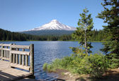 Trillium Lake & Mount Hood, Pacific northwest outdoors. — Foto de Stock