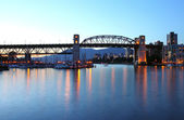 Burrard bridge at dusk Vancouver BC.,Canada. — Stock Photo