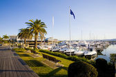 Boardwalk and marina berths at Hope Island Marina — Stock fotografie
