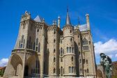 Palacio de gaudí — Stock Photo