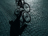 Cyclist in the dark — Stock Photo
