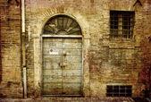 Grunge facade — Stock Photo
