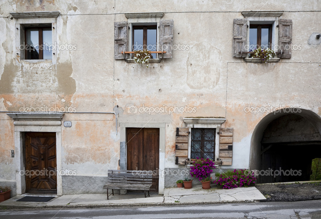 Beautiful typical facade in a little village in northern Italy. — Stock Photo #6573981
