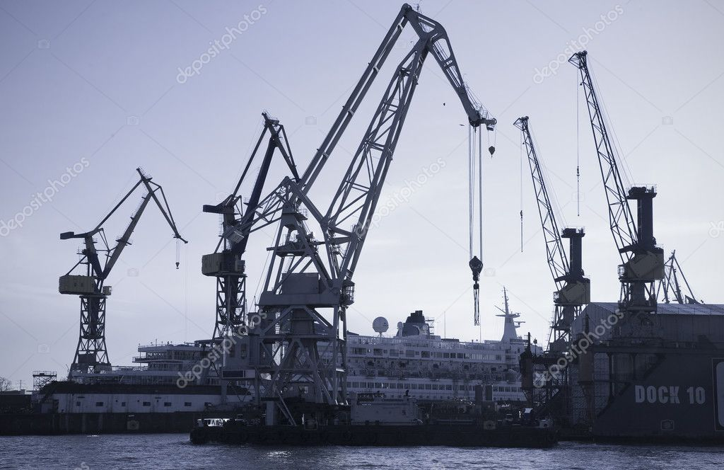 Docks and cranes - Harbor of hamburg, Germany. — Stock Photo #6574302